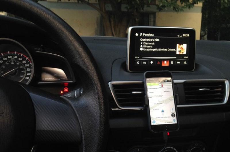 ที่ยึดโทรศัพท์ในรถแบบไหนดี